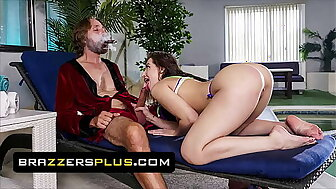 Attracting Neonate (Aubree Valentine) Rides An Aged Suppliant Adjacent to an augmentation be useful to Gets His Albatross Very different alien just about alien The brush Indiscretion - Brazzers