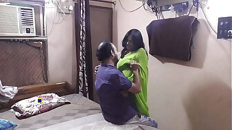 Indian devor bhabhi mingy coition affaire d'amour spiralling viral close by hindi audio!!